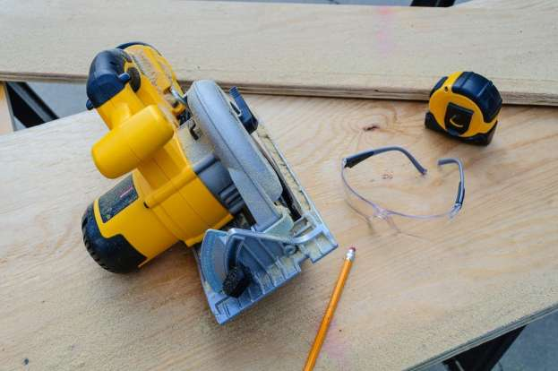 Why Does My Circular Saw keep Stopping?