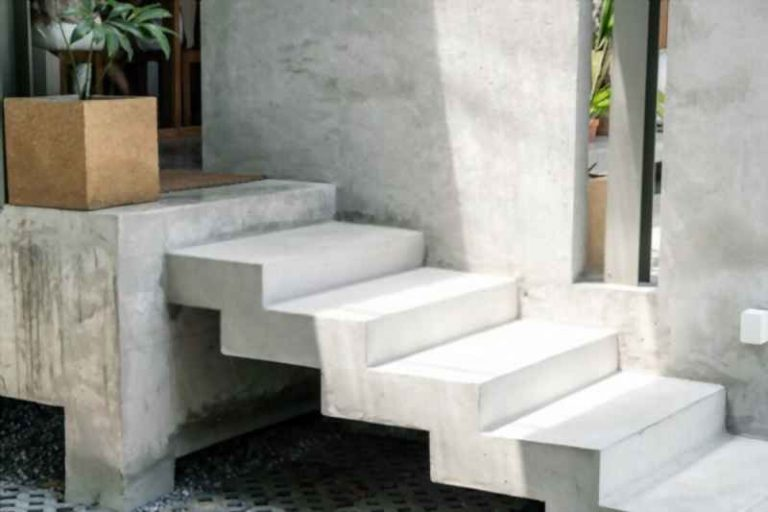 How To Form Concrete Steps with Sidewalls in 2021?