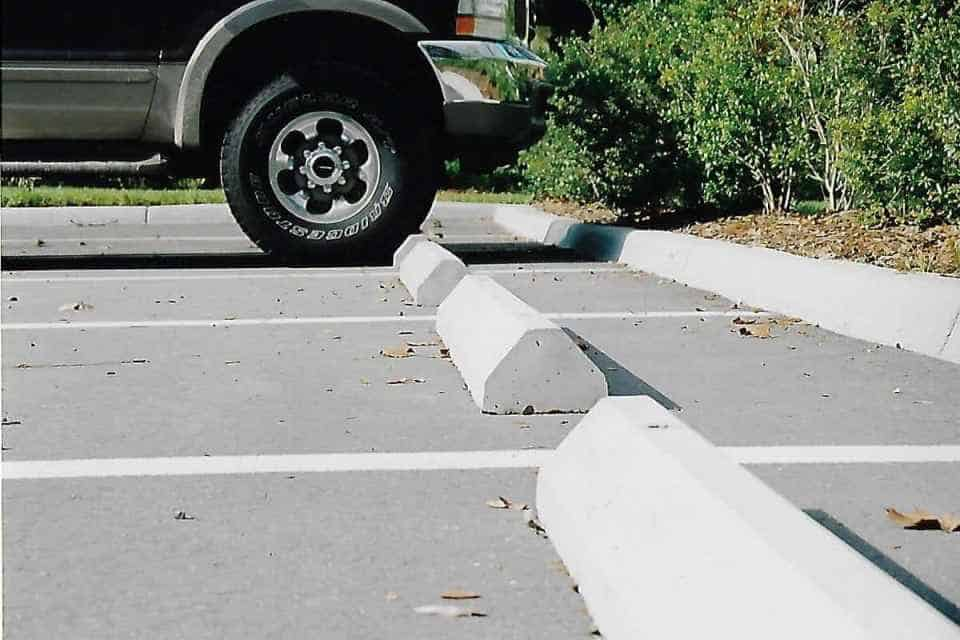 how to make concrete wheel stops